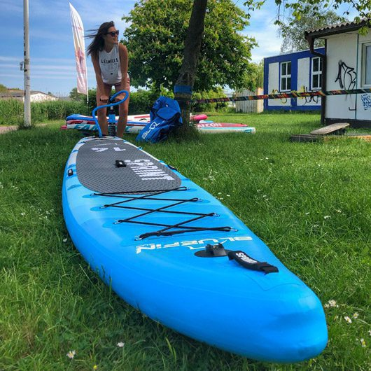 SUP Aufblasbares Steh-Paddle Board, Bluefin SUP Aufblasbares Steh-Paddle Board | 14′ Sprint-Modell | Touring/Race-Modell